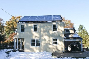 A local house equipped with solar panels has become one of many forced into the spotlight as the Poughkeepsie Town Board considers a ban on highly visible residential alternative energy devices.Photo: Katie de Heras/The Miscellany News