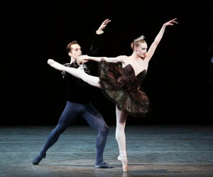 Professional dancers Jared Angle and Sara Mearns will visit Vassar on Nov. 8 at 7 p.m. The pair dances for the New York City Ballet and has mastered a variety of styles through their training. Photo By: Paul Kolnik