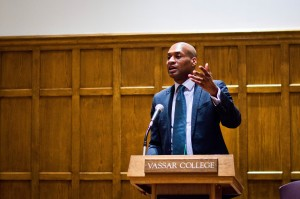 Acclaimed New York Times Op-ed columnist Charles Blow addressed the Vassar community about issues concerning institutional racism in America and the implications of concerning facts surrounding race in the American justice system. Photo By: Emily Lavieri-Scull
