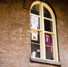 The Old School jersey has sat menacingly over the Retreat for weeks in the run up to the annual student-faculty basketball game. Both parties are loudly confident, but which side is full of hot air? Photo By: Sam Pianello/