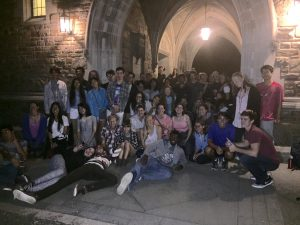 Students gather under Blodgett Arch after a BNI Hide-and-Seek event. The student organization offers a range alcohol-free events for people looking for weekend alternatives. Photo c courtesy of Big Night In