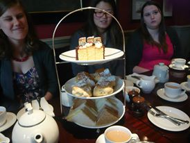 Vassar agents at high tea. (Courtesy of Edward Livshits.)