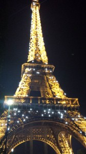 Every hour, the Eiffel Tower puts on a sparkly light show.